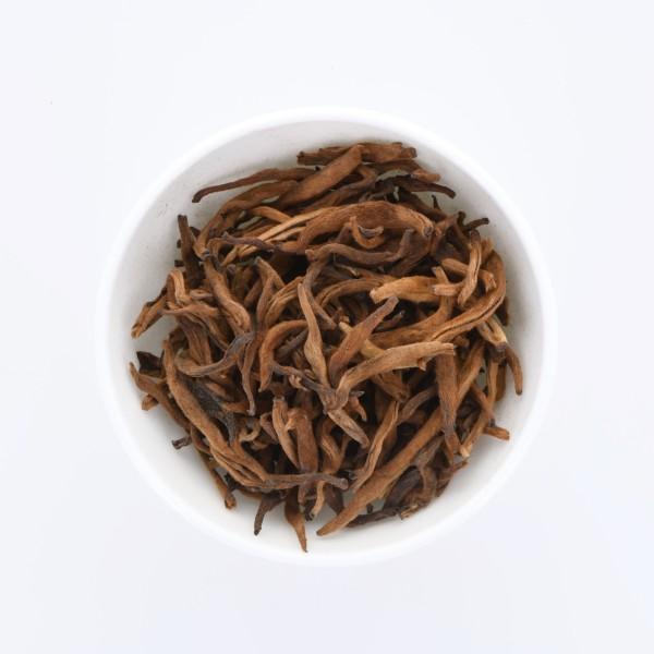 China Yunnan Pure Golden Tip Pu-Erh